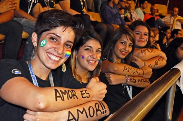 Cámara de Diputados aprueba por amplia mayoría el Pacto de Unión Civil, PUC / @Movilh 2014