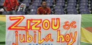 Pancarta retirada Zidane