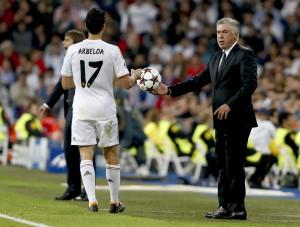 Carlo Ancelotti y Álvaro Arbeloa