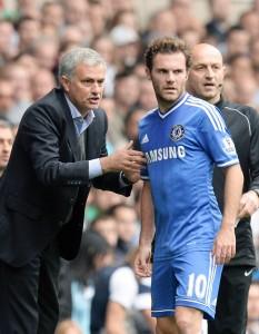 Juan Mata y José Mourinho