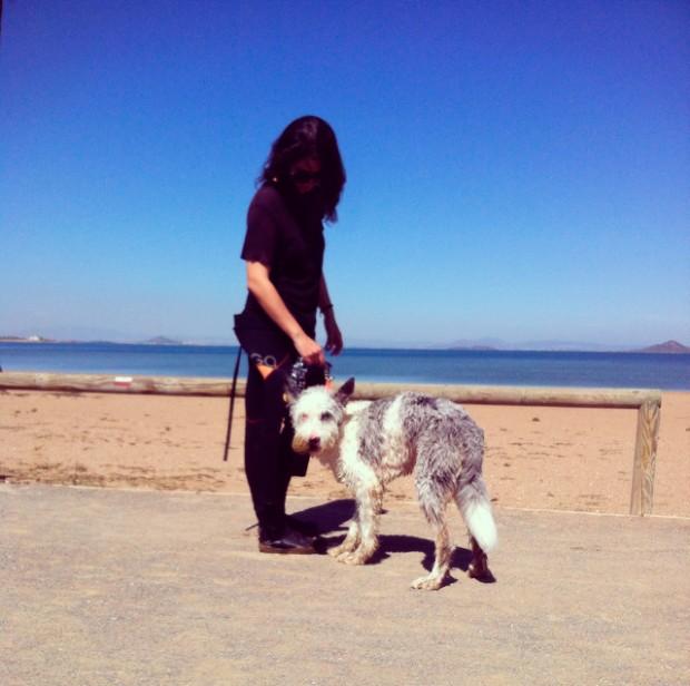 Su primer día en la playa.