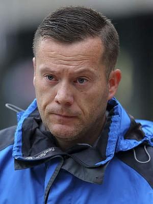 Neil McArdle, el 'temeroso' novio (Mirror.uk)