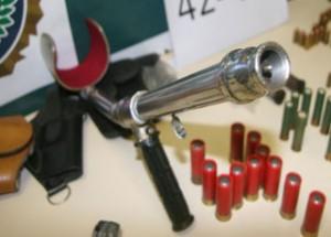 Otra muleta pistola.