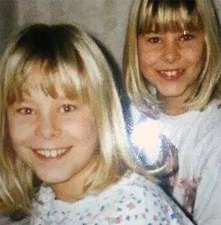 Las gemelas Konopen en su adolescencia.