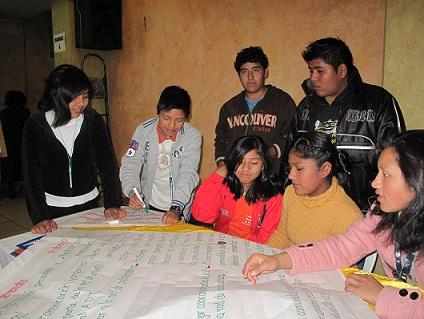 Encuentro con colaboradores Locales. Foto: Katherine Argote, AeA