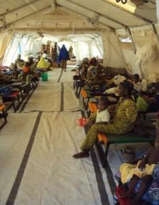 Centro nutricional de Médicos Sin Fronteras en Bouza, Níger (© Tareck Daher)