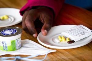 Durante los dos años de tratamiento, los pacientes de TB-XDR puedenm llegar a tomar hasta 20.000 pastillas. ©Sydelle WIllow Smith