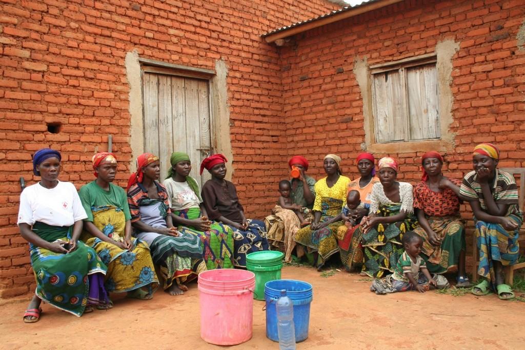 Todas las integrantes del Comité de Agua de Muyange, comunidad de Nyanza-Lac