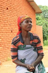 Acquiline, miembro del Comité de Agua de Muyange. (MAR)