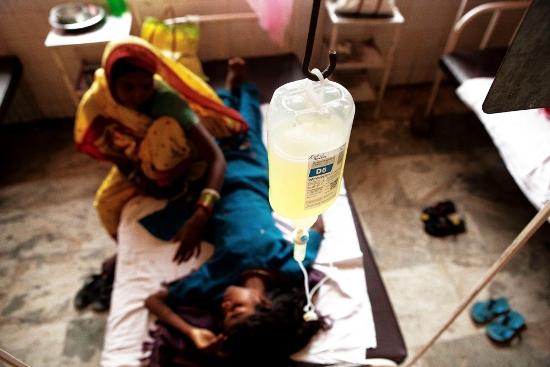 Paciente de kala azar en el distrito de Vaishali, estado de Bihar, India. Fotografía de Anna Surinyach.