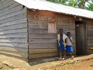 Puesto de salud apoyado por MSF en la periferia de Kalonge. Foto: Fernando Calero/MSF