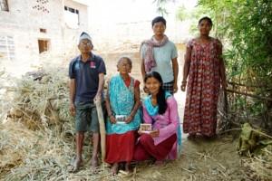Tres generaciones de Kamalaris: Abuela, madre e hija