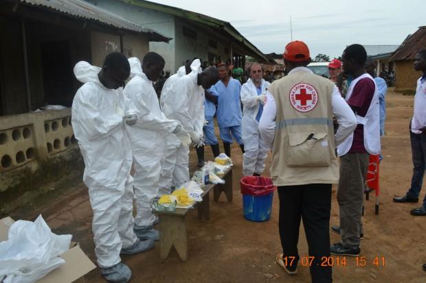 Personal de Cruz Roja Española desplazado a Kenema, Sierra Leona.