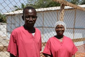 Trabajadores del Centro Comunitario de Cuidados (c) UNICEF Sierra Leone/2015/Issa Davies