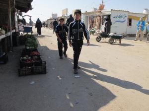 Campo de refugiados de Za'atari hoy – calles asfaltadas y un sentido de normalidad. (c) UNICEF/Simon Ingram