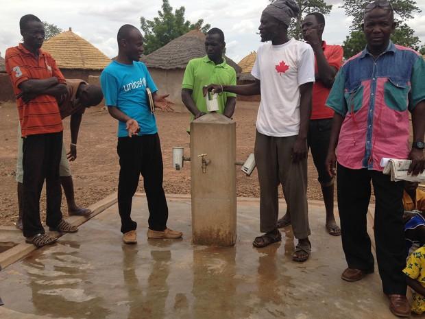 Aguas de cambio en Gbandú, Ghana