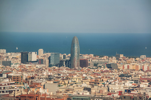 Algunos hoteles se ponen las pilas para competir con for Hoteles muy baratos en barcelona