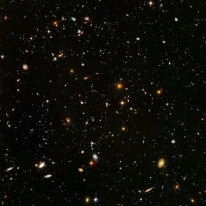 Campo ultraprofundo del Hubble. Se trata de la imagen más lejana del universo obtenida con luz visible / NASA, ESA