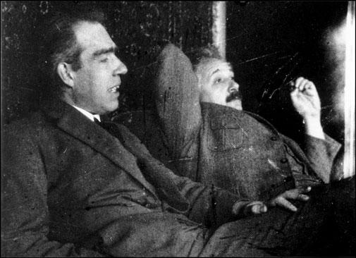 Einstein-Bohr