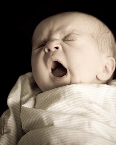 Los bebés comienzan a bostezar durante la gestación. Daniel James.
