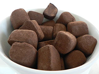 Trufas de chocolate. Imagen de Nieuw / Wikipedia.