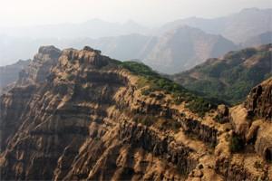 Las Traps del Decán cerca de la ciudad de Mahabaleshwar (India). Imagen de Mark Richards.
