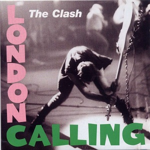 Paul Simonon destroza su bajo contra el escenario en la portada del álbum de The Clash 'London Calling'. Imagen de Epic Records.