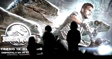 Cartel de la película 'Jurassic World'. Imagen de Javier Yanes.