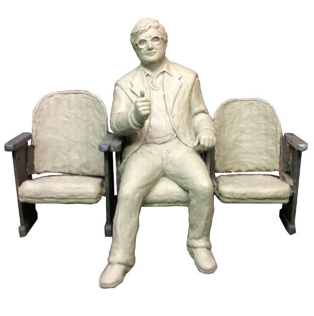 Maqueta de la escultura de Roger Ebert, obra del artista Rick Harney (WWW.EBERTSCULPTURE.ORG)