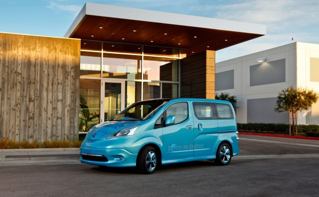 nissans-electric-powered-e-nv200-concept_100376506_m