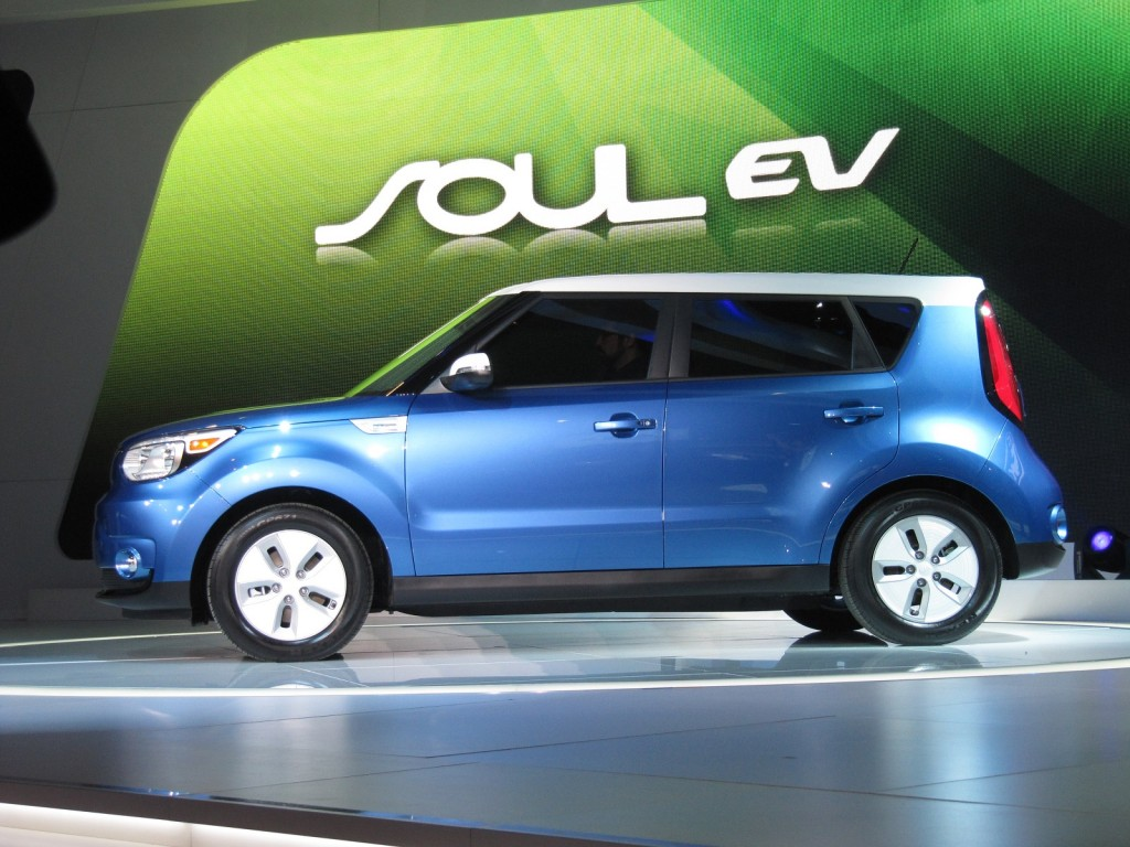Kia soul ev el ctrico made in corea coches el ctricos e for Sunny king honda oxford al