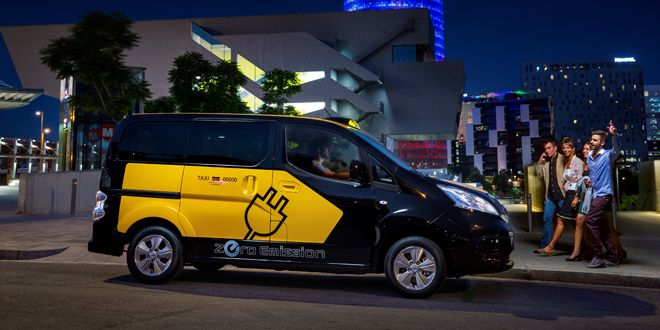 Nissan Debuts e-NV200 Electric Taxi for Barcelona