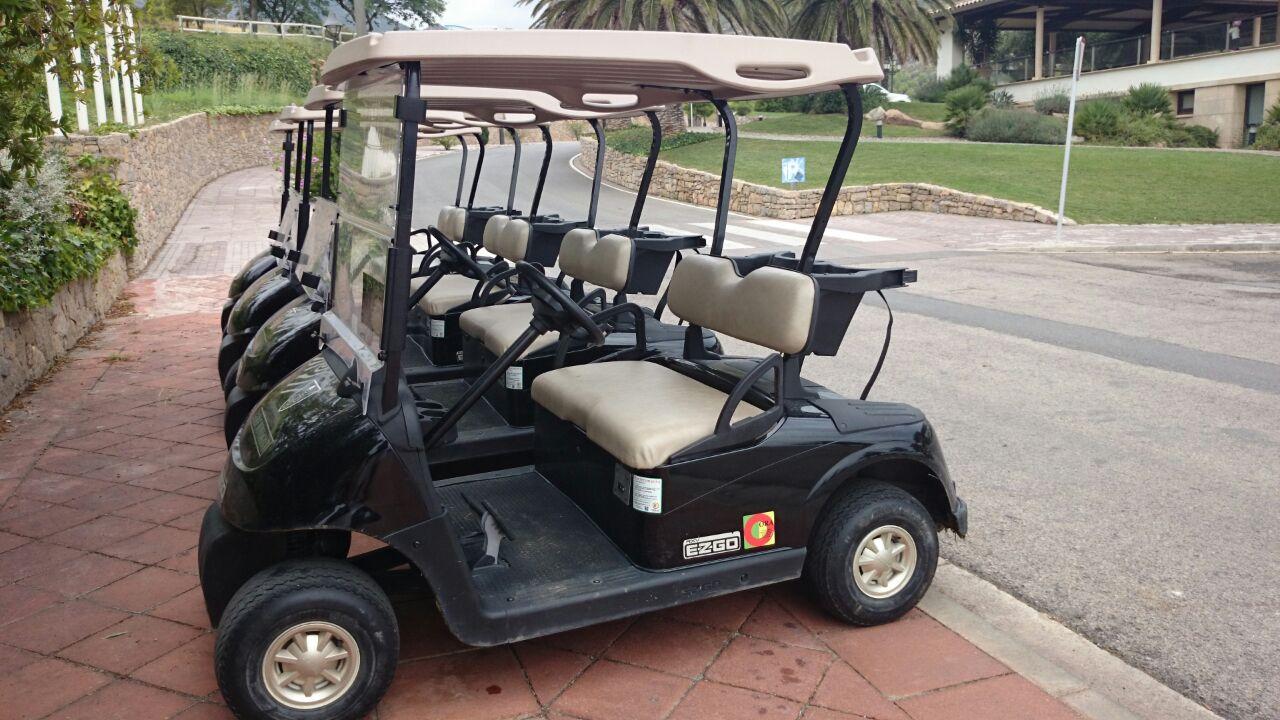 Carritos eléctricos campo de Golf 2