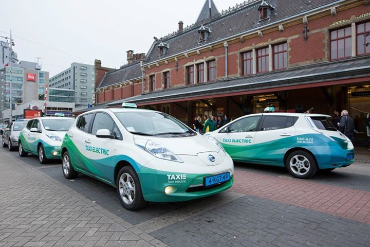 taxi-electric-Holland-Leaf