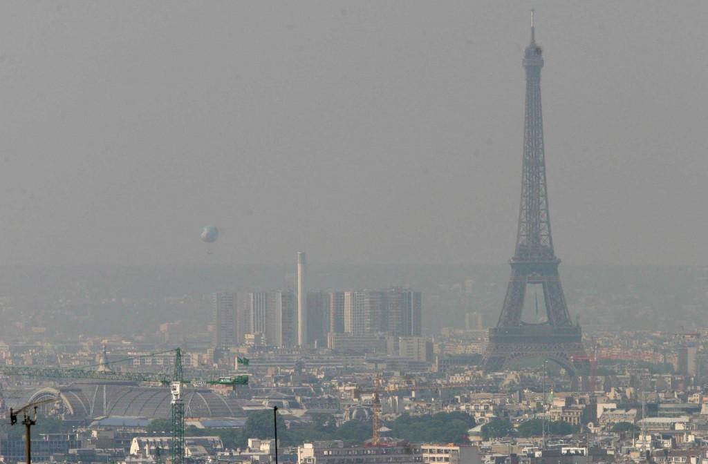 París Bajo la contaminación del trafico