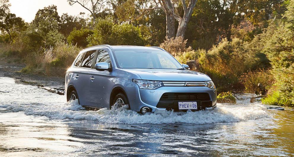 Mitsubishi Outlander PHEV Water