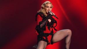 MadonnaGrammysH2015