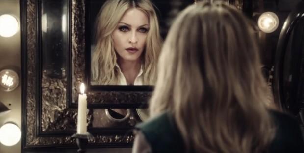 Reina-Madonna-Ghosttown-Rebel-Heart_LNCIMA20150408_0091_1