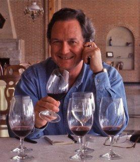 http://cdnb.20m.es/descorchevinos/files/Gerry_Dawes_Tasting_Wines_in_Spain%5B8-marzo-2009%5D.jpg
