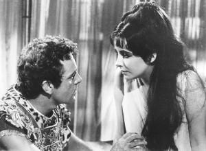 Elizabeth Taylor y Richard Burton