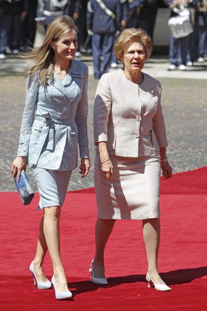 No me digáis, salvando las distancias, que va mejor la primera dama de Portugal (GTRES)