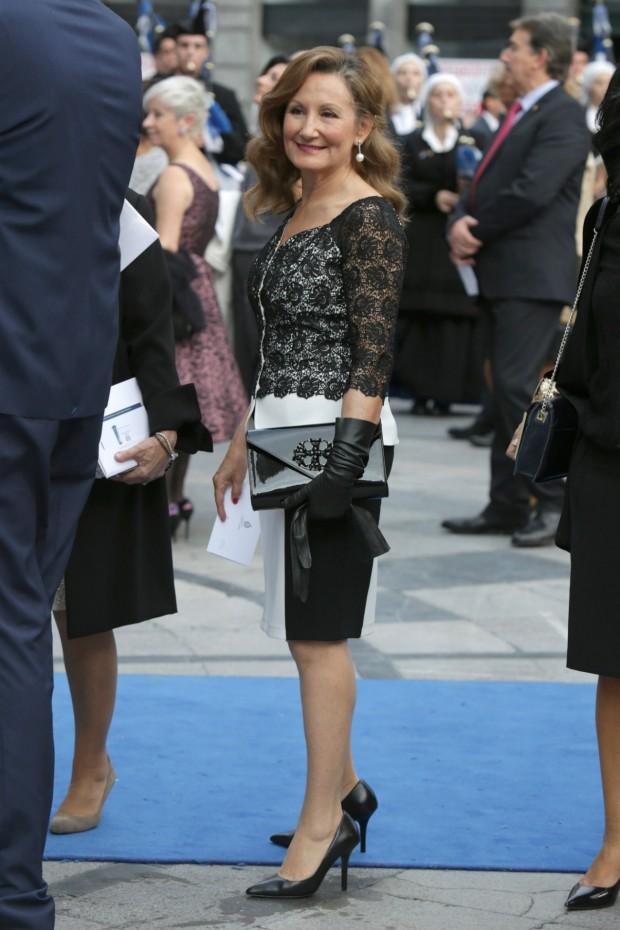 Paloma Rocasolano, madre de la reina Letizia, en los Premios Príncipe de Asturias de 2014. (GTRES)