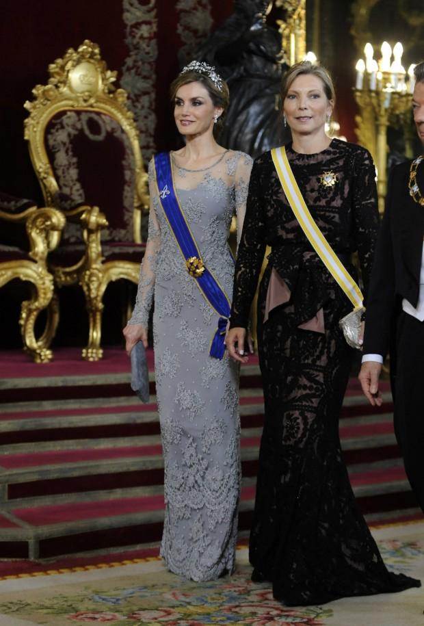 ¡Waow! me encanta como va Clemencia Rodríguez, se 'come' a Letizia. (GTRES)