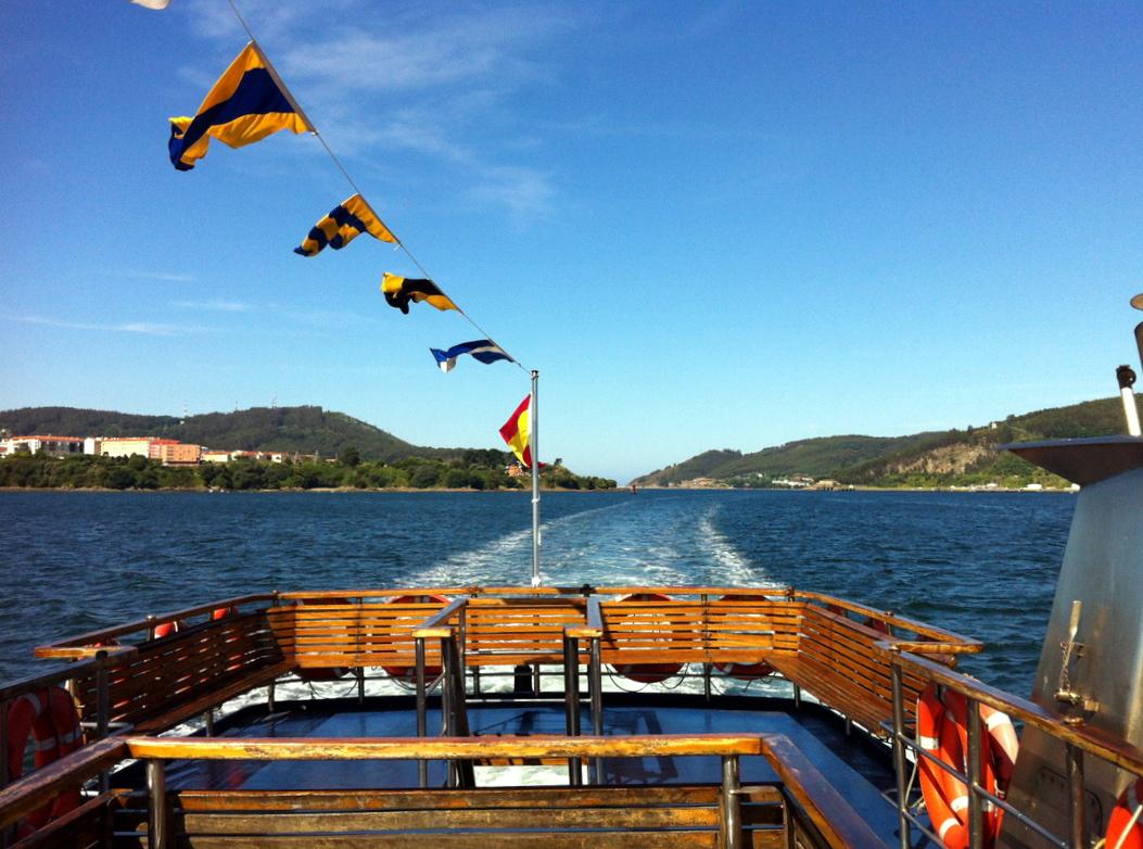 Paseíto en barco por la Ría de Ferrol, vimos hasta delfines