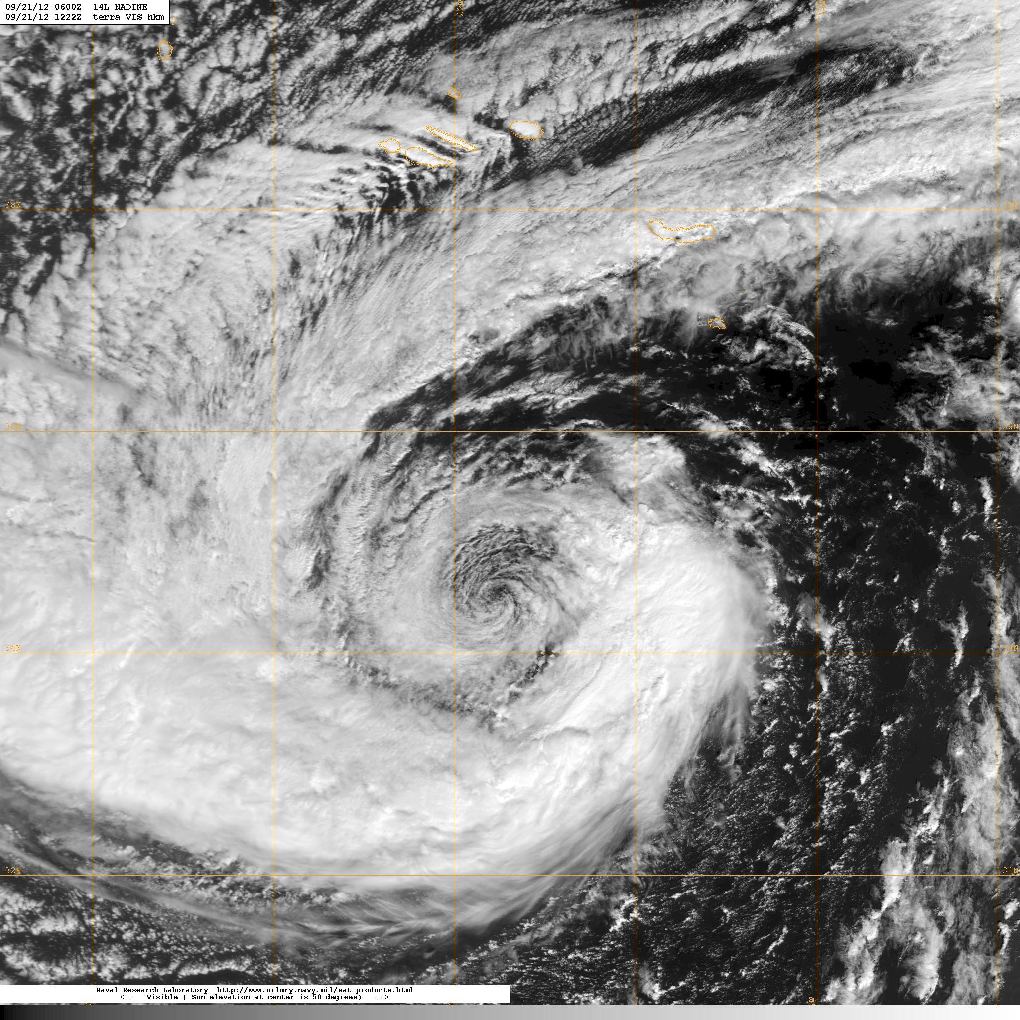 La belleza de la tormenta tropical Nadine, esta misma mañana. Foto NASA.