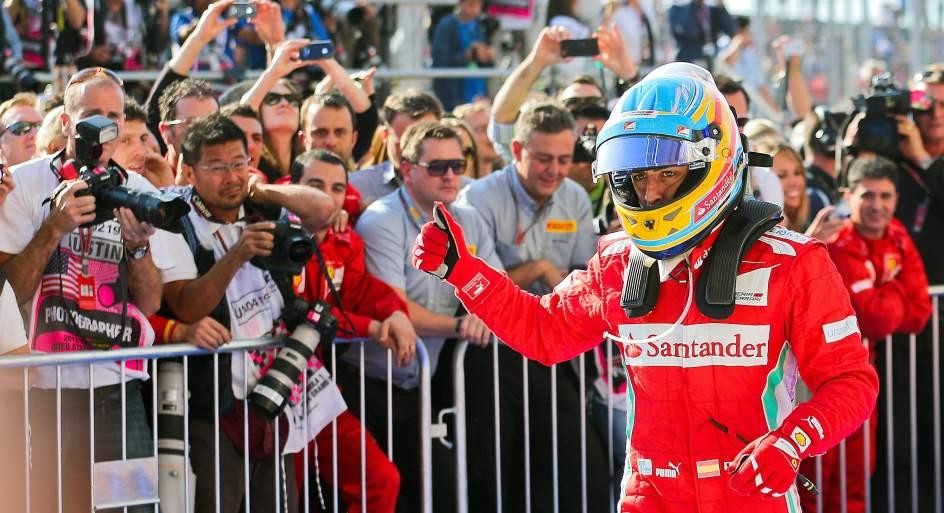 Fernando Alonso deberá invocar a la lluvia para que sea su aliada en Brasil. Foto EFE