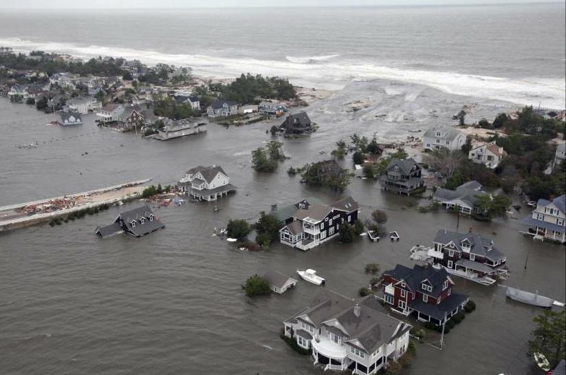 La costa de Nueva Jersey arrasada por Sandy. (Master Sgt. mark Olsen / Us Air / EFE)