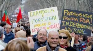 Manifestación en contra la de troika en Portugal (EFE)