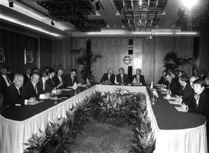Firma del acuerdo entre la EFTA y la CEE, en 1972.