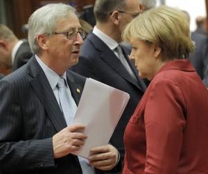 Juncker y Merkel, antes de las elecciones de mayo (EFE).